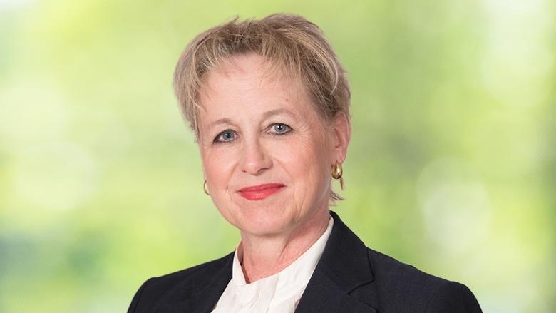 Regina Böhmer, Schatzmeisterin